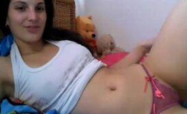 Camille se exibindo na Web cam para ex namorado cai na net com Seu video Porno