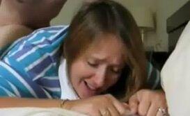 Mamae dando pro filho