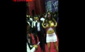 Danna Hot mostrando a buceta