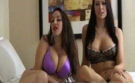 Duas amigas do porno fazendo sexo