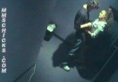 Câmera do corredor filma a foda do casal tarado